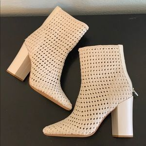 New! Dolce Vita Heeled Booties